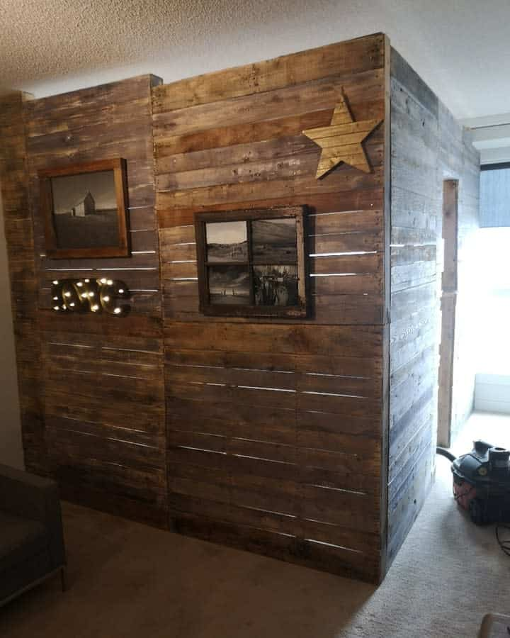 Unique Temporary Wall Ideas -tipperhomesteadcreations