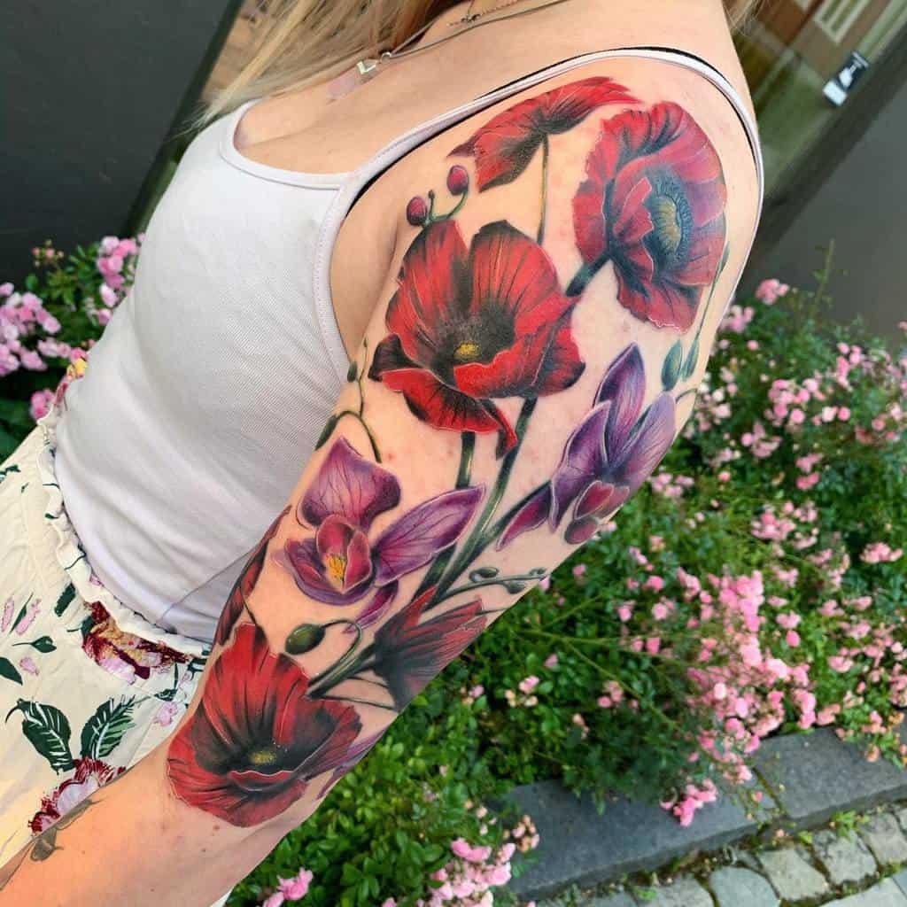 Upper Arm Tattoos for Women karolinevedalart
