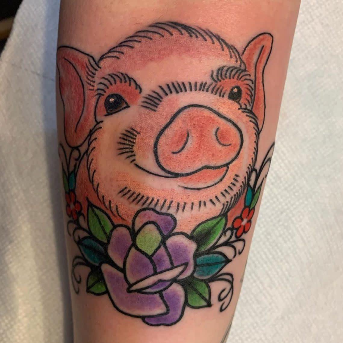 Traditionelles veganes Tattoo -springst_tattoo