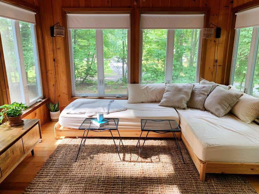 Vintage Sunroom Furniture Ideas gleneriehouse
