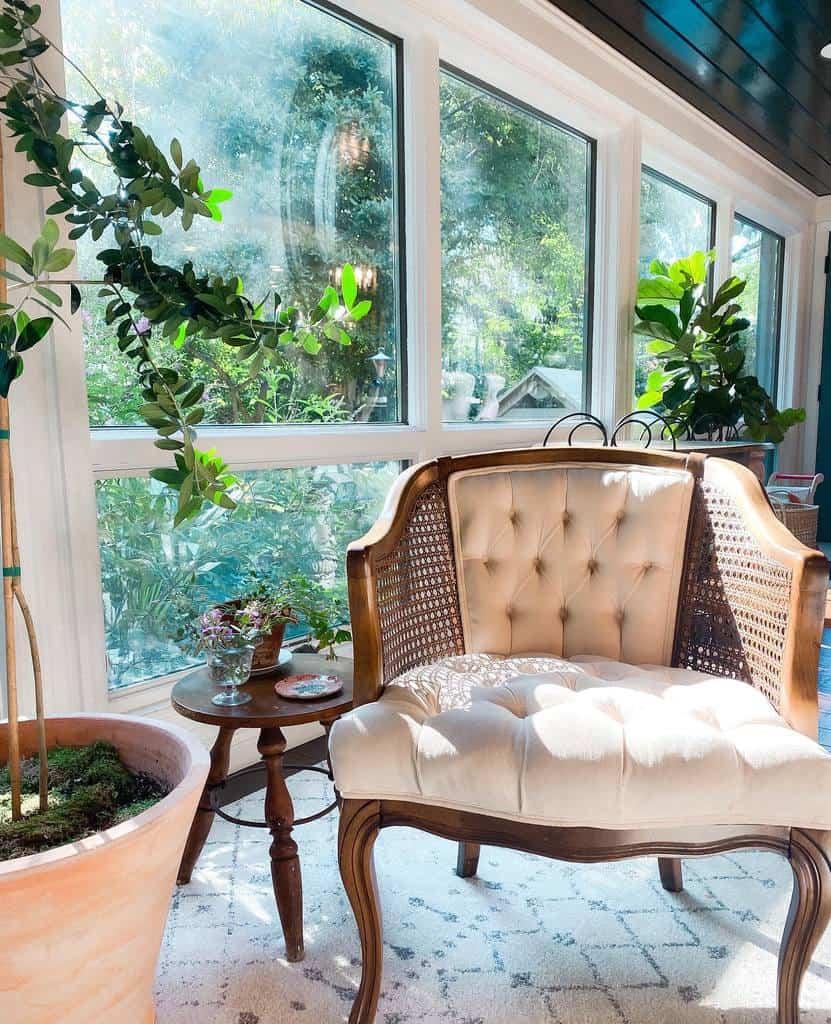 Vintage Sunroom Furniture Ideas livenoesis