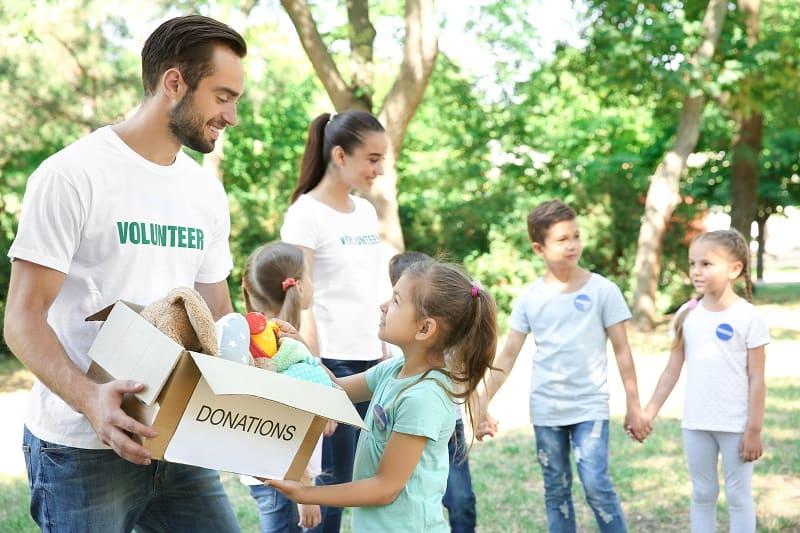Volunteering-Hobbies-For-Men