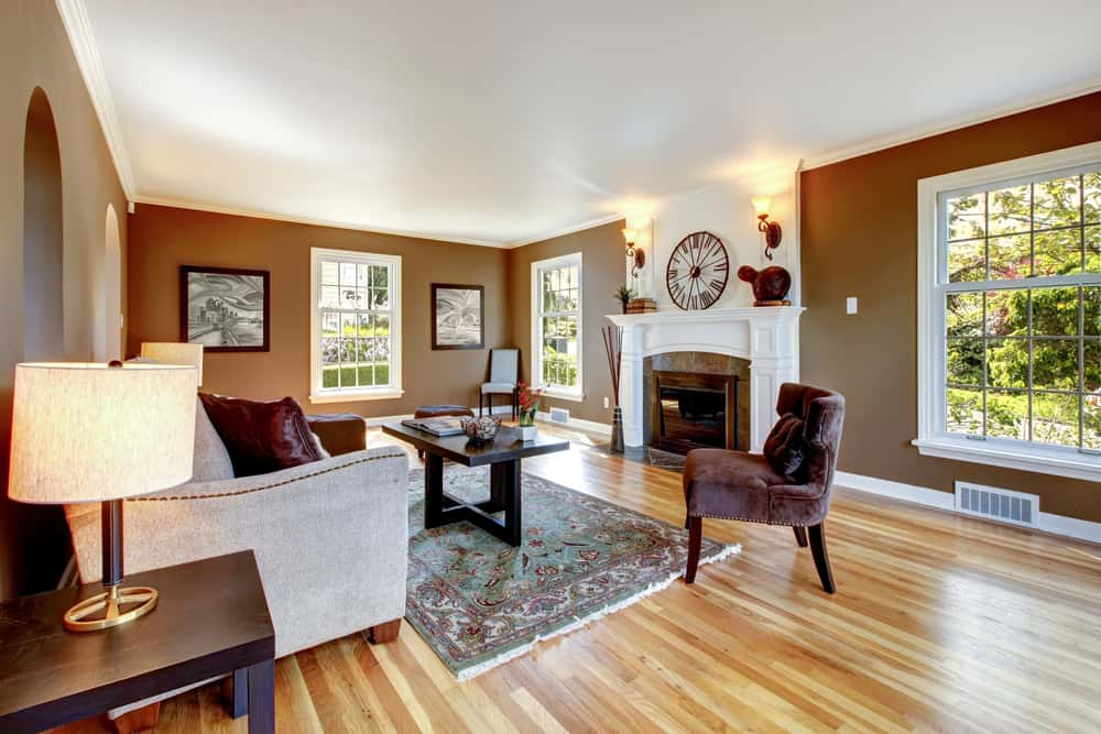 Classic,Brown,And,White,Living,Room,Interior,With,Hardwood,Floor.