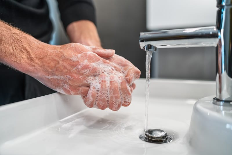 Wash-your-hands-properly-and-often-Safe-Travel-USA-During-COVID