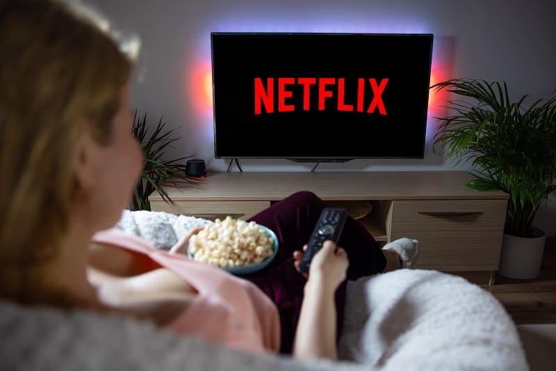 Watch-Netflix-in-Your-Dorm-Room
