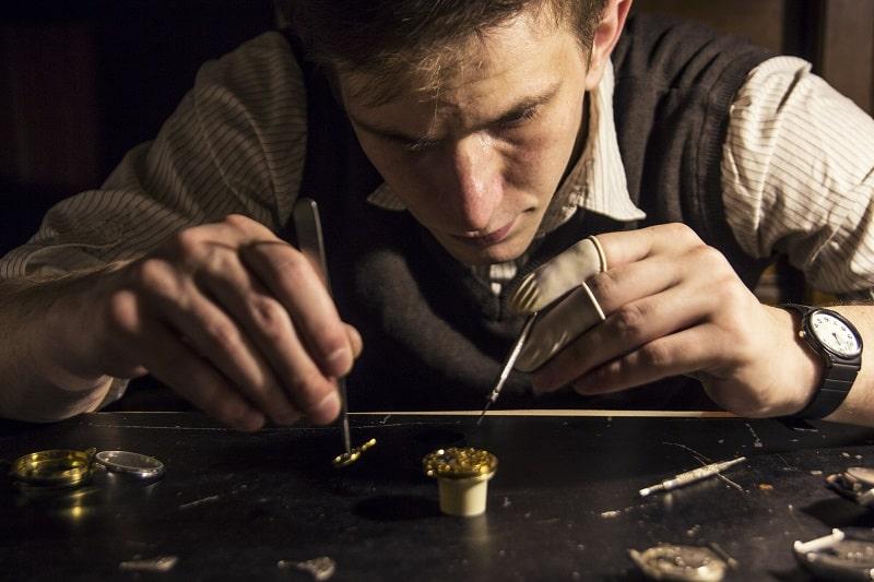 Watchmaking-Hobbies-For-Men