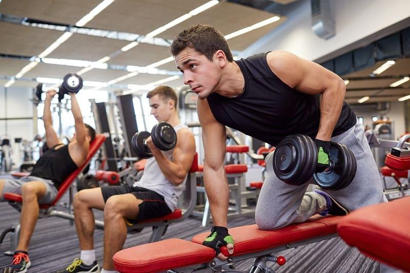 Abgerundetes-Workout-Programm-Um-Sie-in-Form zu bringen