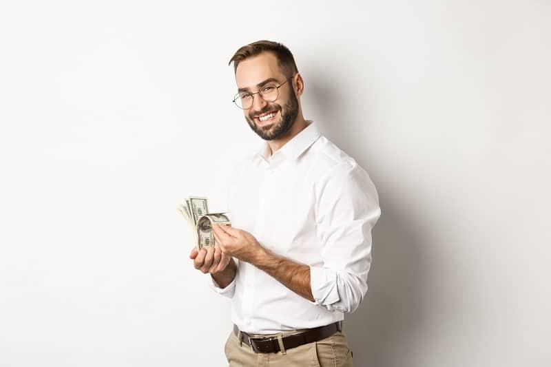 When-Do-Men-Reach-Their-Financial-Peak