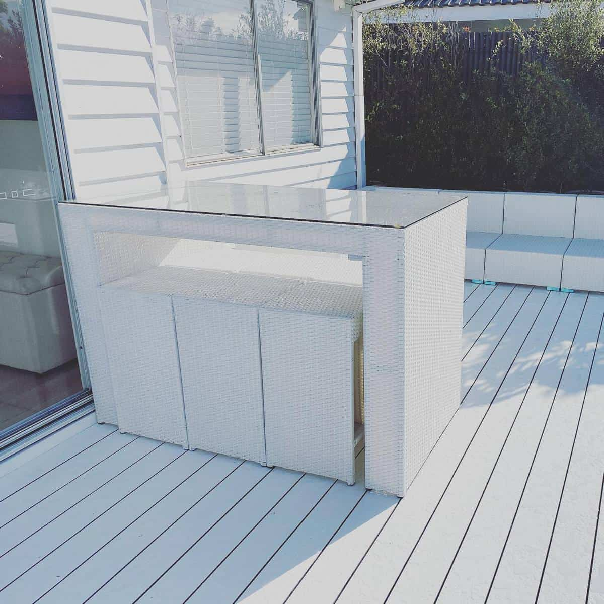 White Deck Color Ideas -coastalabodesmelbourne