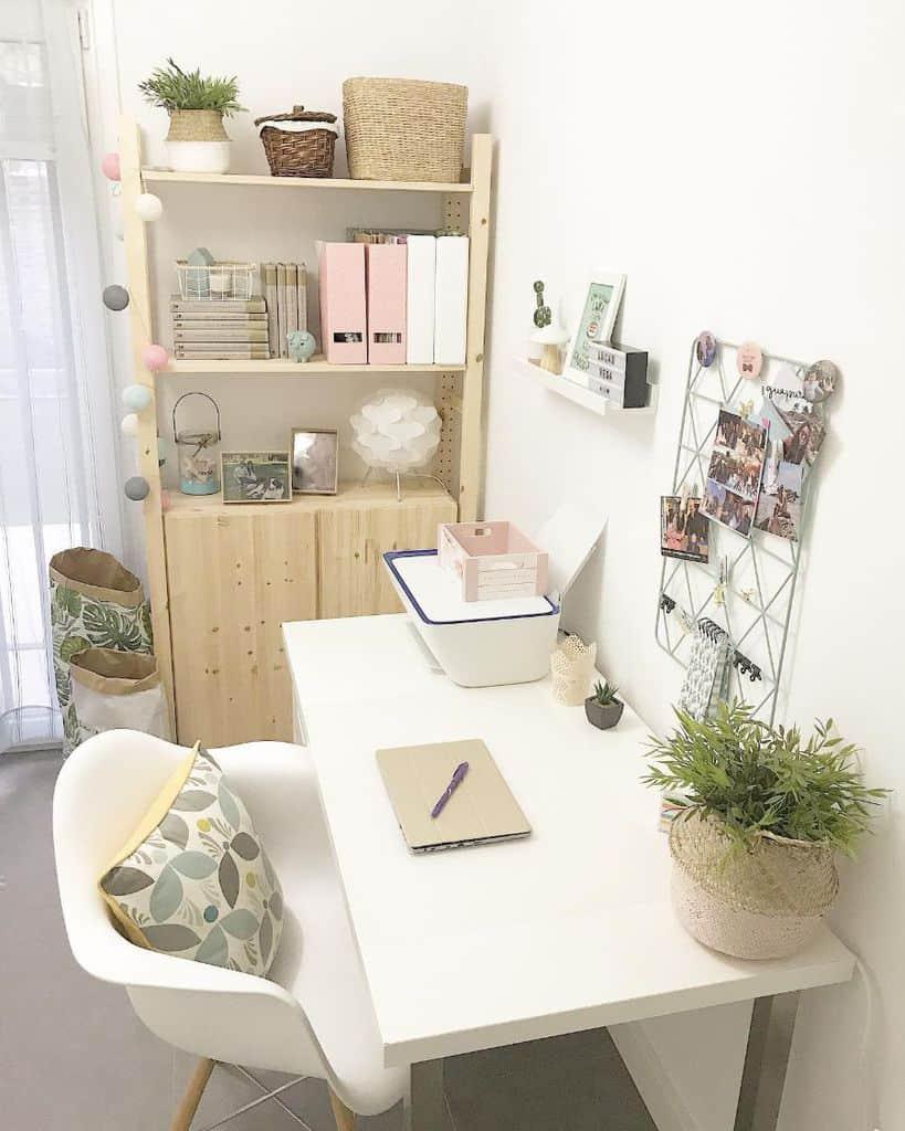 White Study Room Ideas yule_home_deco
