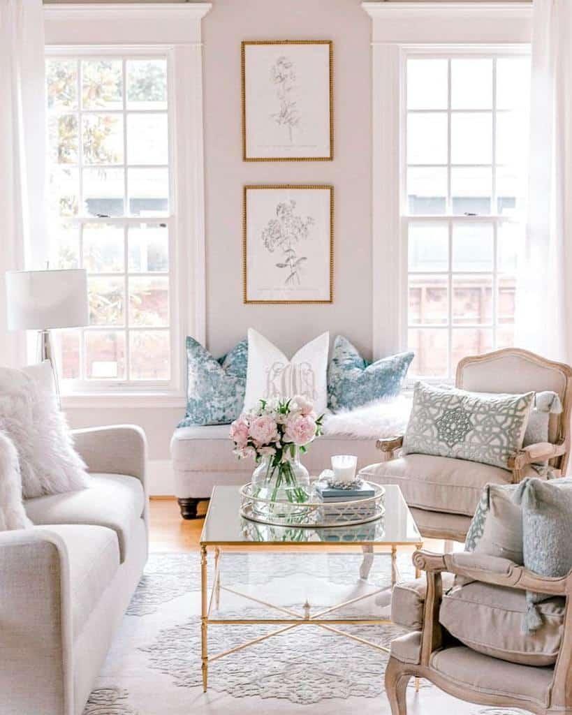 White Sunroom Furniture Ideas _amatucasa_