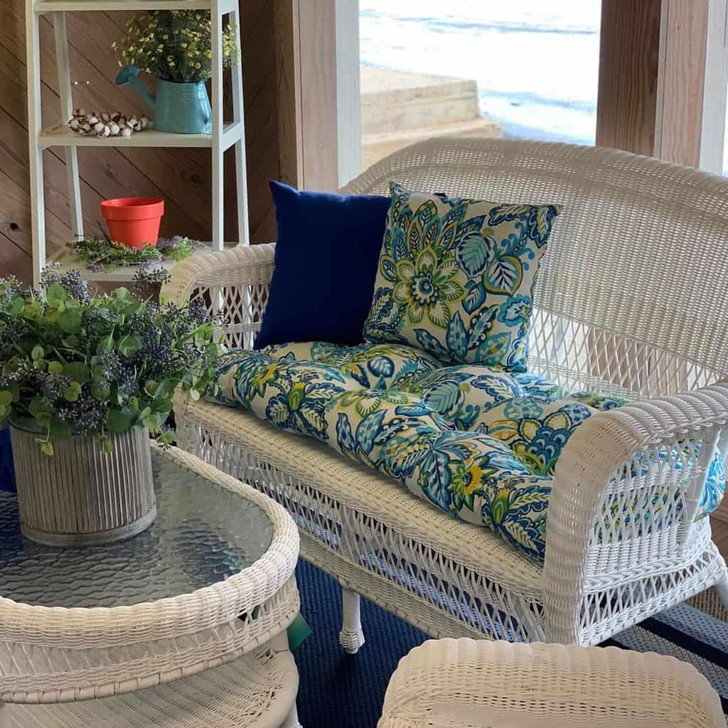 White Sunroom Furniture Ideas kimcoforthehome