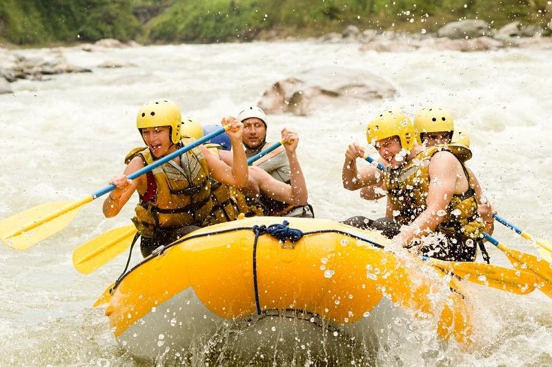 Wildwasser-Rafting-Gefährlicher-Sport-in-der-Welt