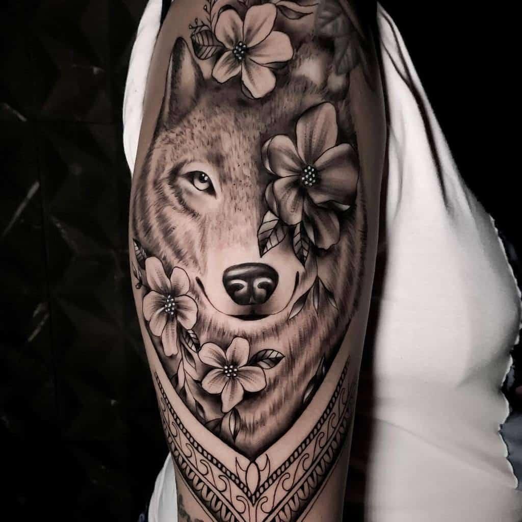 Wolf Arm Tattoos for Women richard_designer013