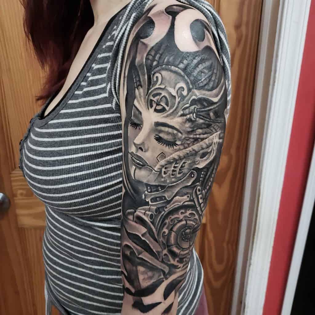 Women 34 sleeve tattoo josehardink