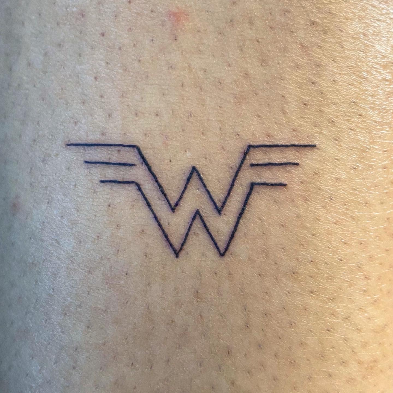 Minimalist Wonder Woman Tattoo -inkedbyshawn