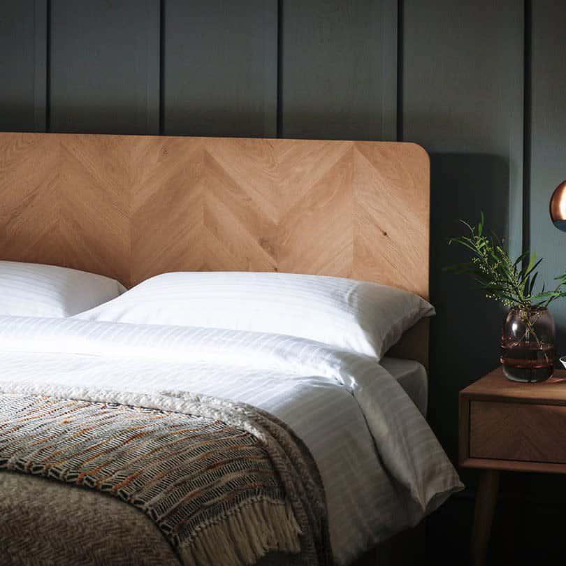 Wood DIY Headboard Ideas -paulandcointeriors_cork
