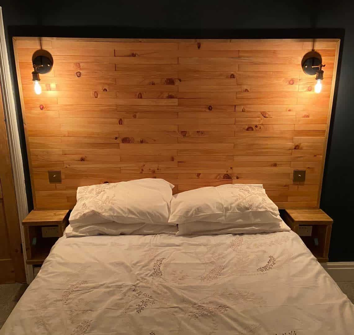 Wood DIY Headboard Ideas -rustic_reworks
