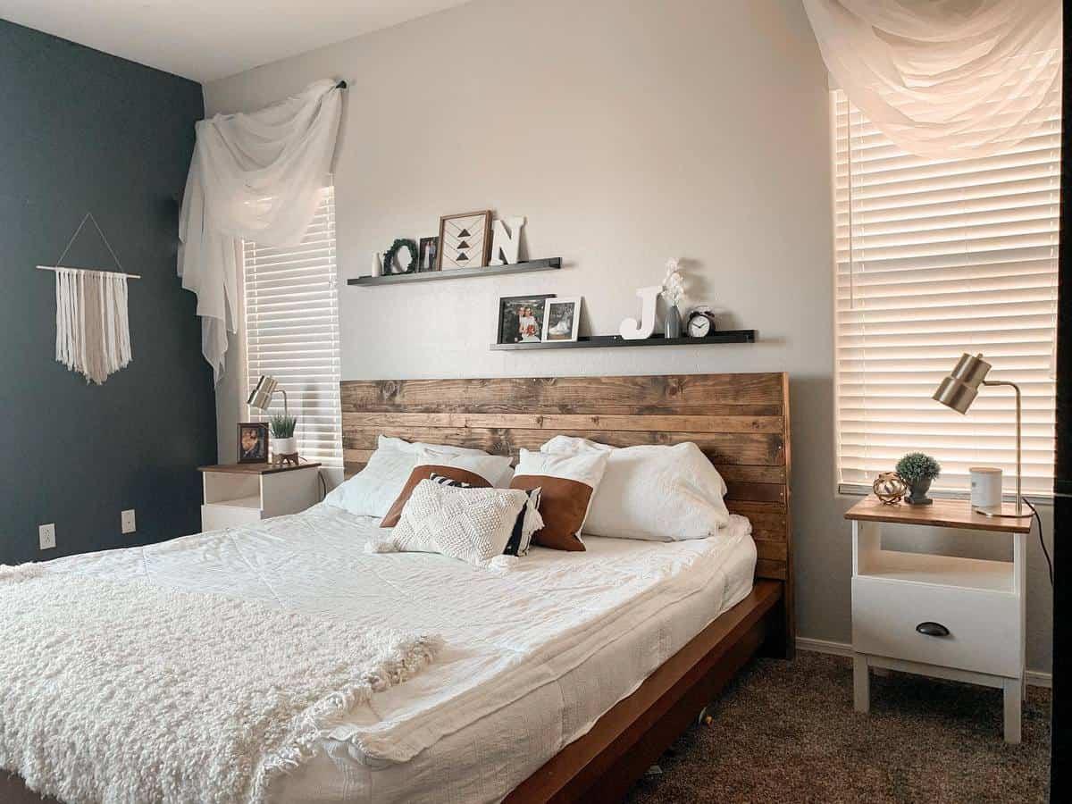 Wood DIY Headboard Ideas -white.desert.farmhouse