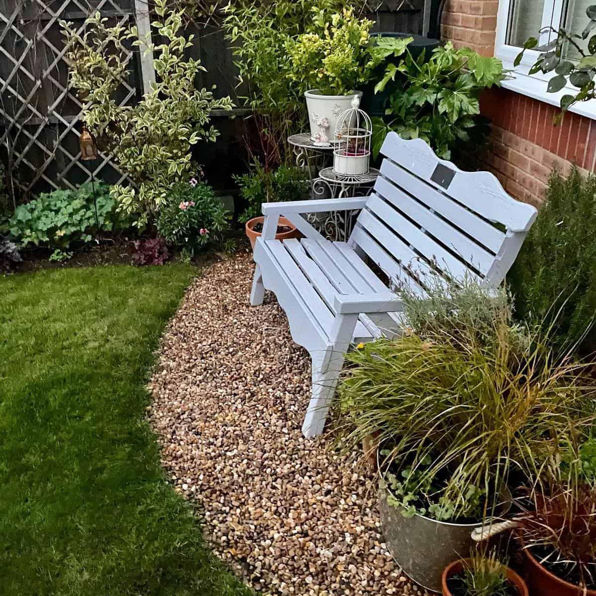 Wooden Garden Bench Ideas -aishachloe