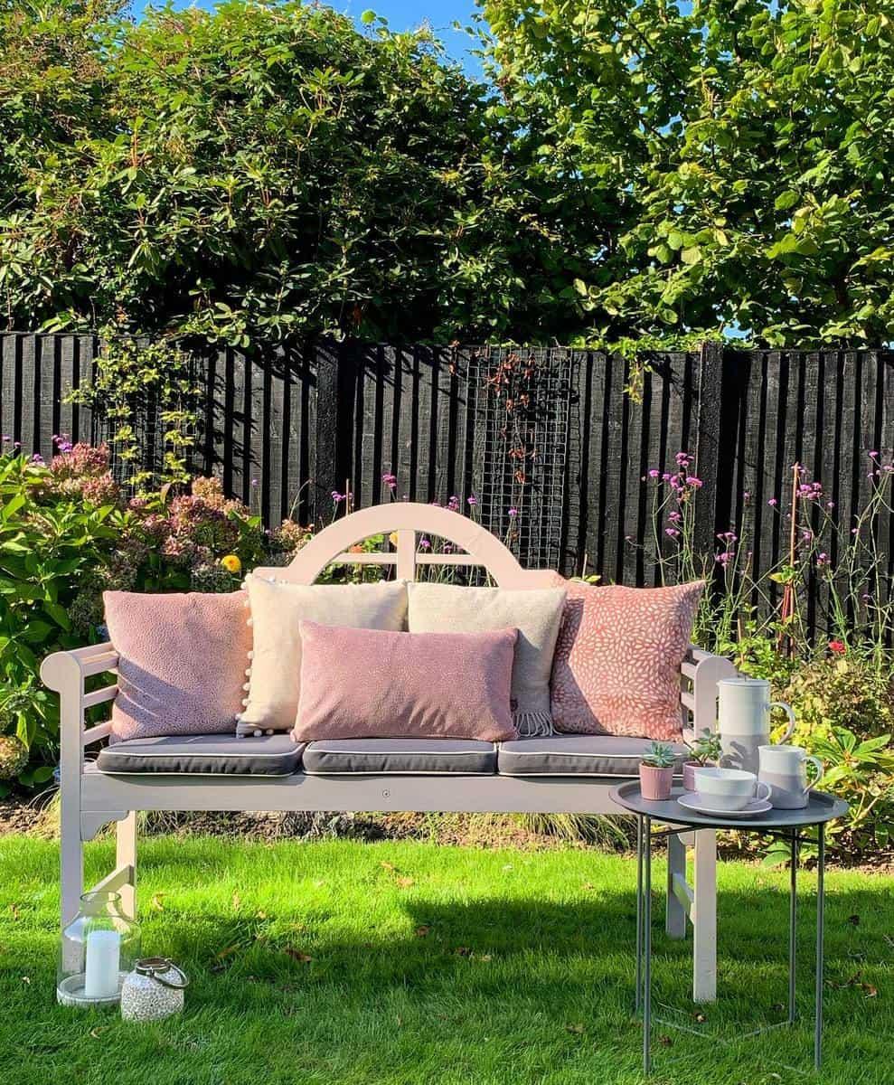 Wooden Garden Bench Ideas -jill_house_home