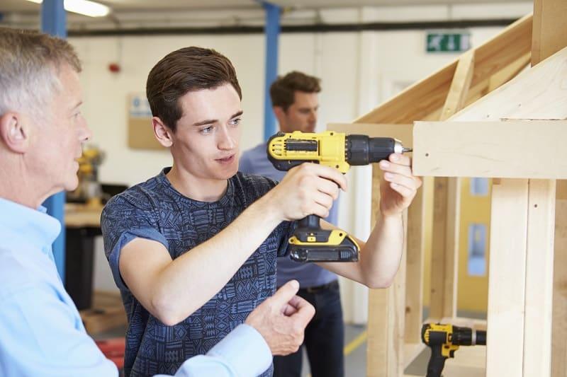 Woodworking-Best-Hobbies-For-Men-In-Their-20s