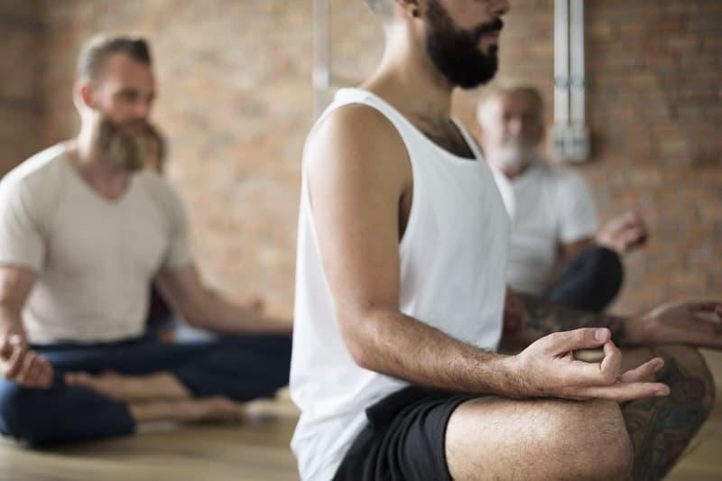 Yoga For Men: The Benefits and Best Poses for Your Daily Routine
