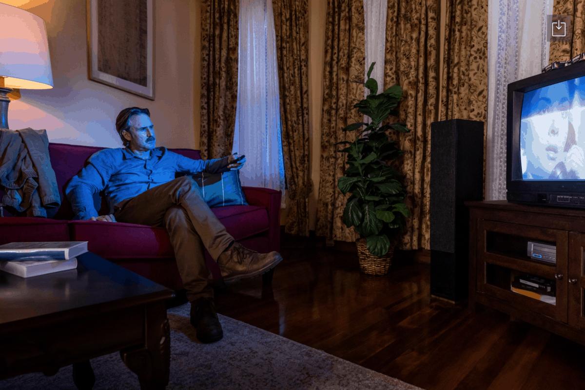 airbnb-halloween-scream-house-11