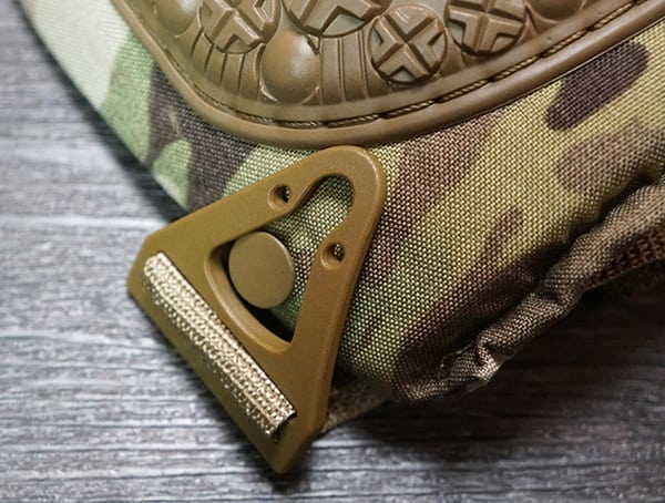 Altacontour 360 Multicam Vibram Cap Knee Pads Top Latch