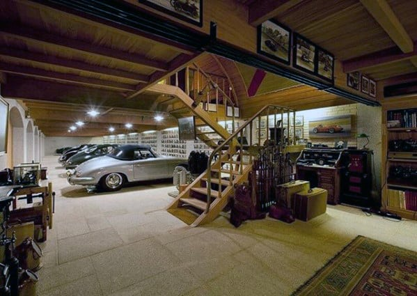 Amazing Garage Ultimate Bachelor Pad