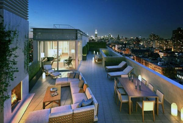 Amazing Home In The City With Outdoor Roof Top Fireplace