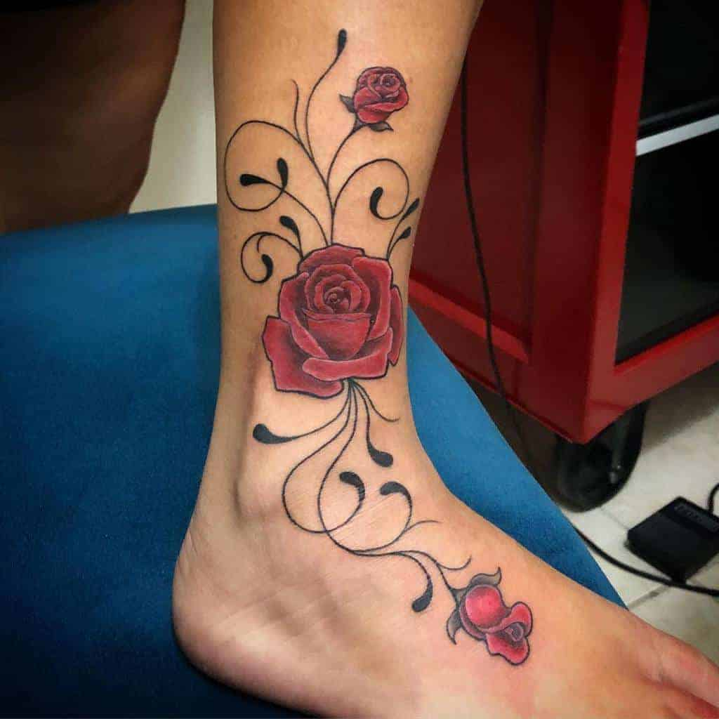 ankle-rose-vine-tattoos-damoreno_tattoo