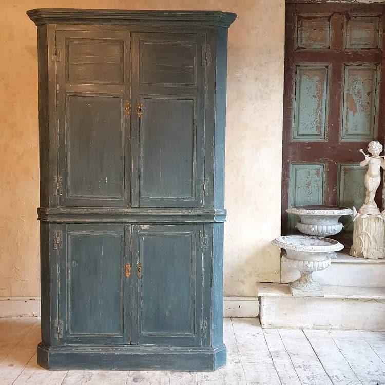 Antique Decor Corner Storage Cabinet Tigersdecorative