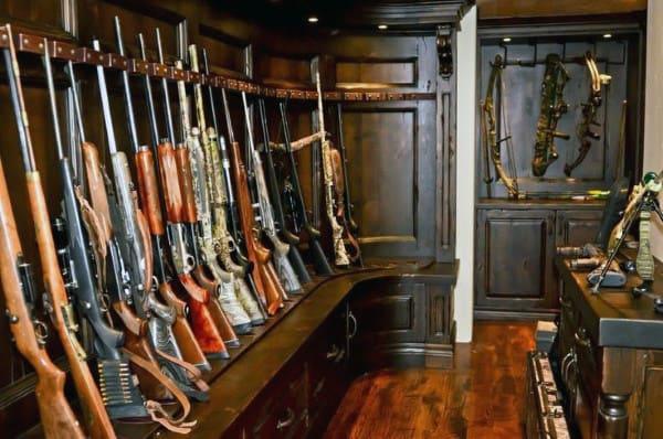 Antique Shotgun Room Design Inspiration