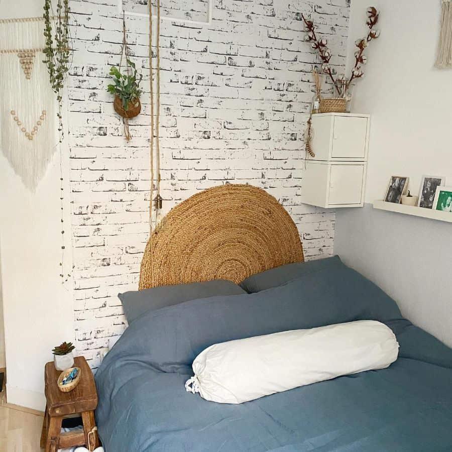 apartment boho bedroom ideas tiny_city_flat