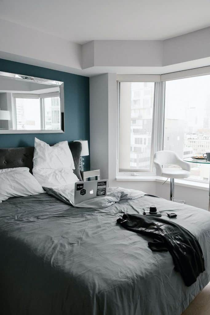 Apartment Tiny Bedroom Ideas 1