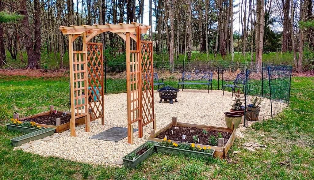 arbor garden trellis ideas onevibration