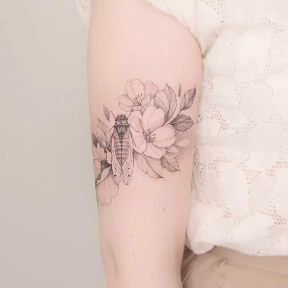 arm Cicada Tattoos kalawa.tattooer
