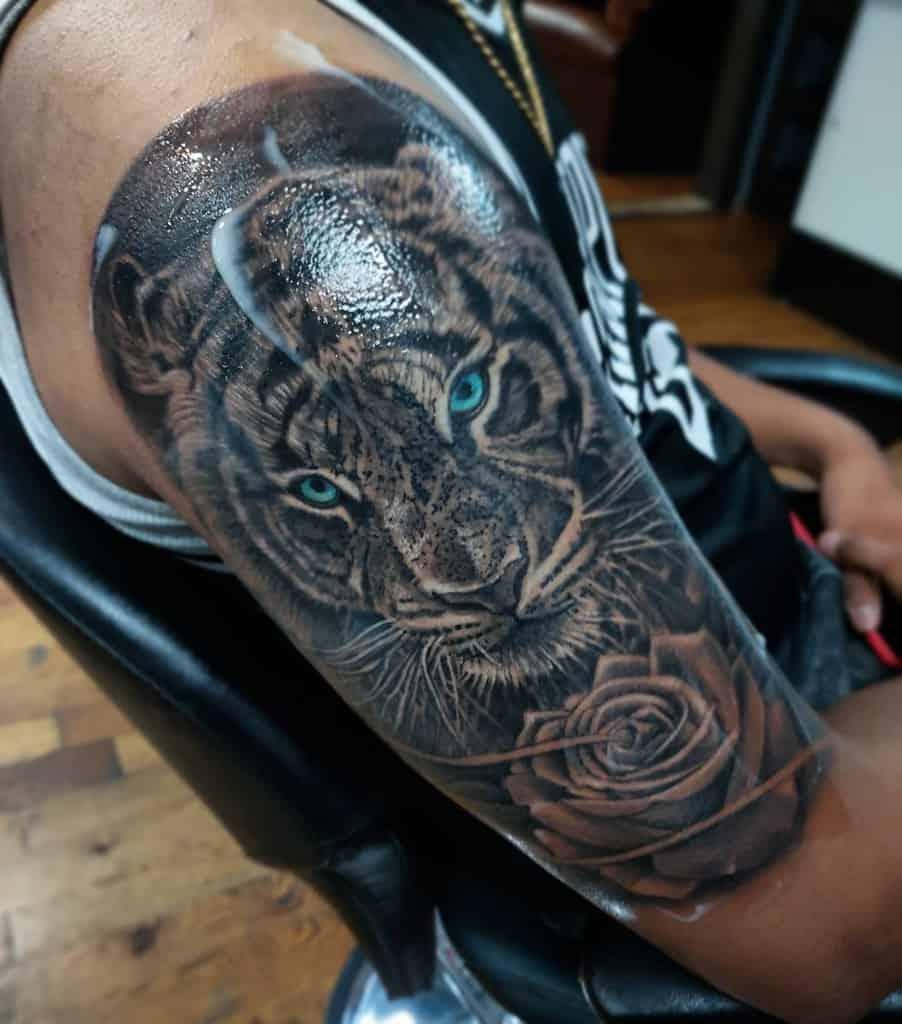 arm tiger rose tattoos juan_vago_tattoos