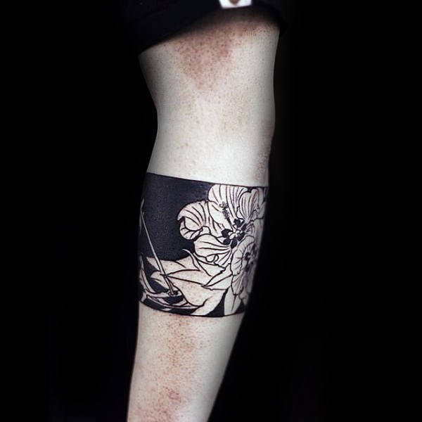 Armband Hibiscus Flower Negative Space Tattoos For Men