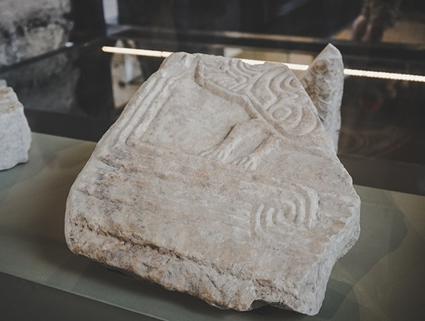 Artifact Colosseum Stone