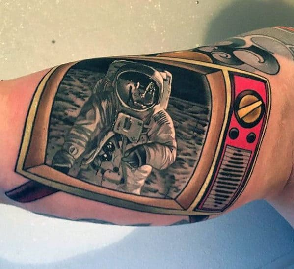 Astronaut In Retro Tv Hyper Realistic Mens Tattoos On Bicep