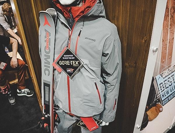 Atomic Mens Gore Tex Skiing Jacket And Pants In Grey