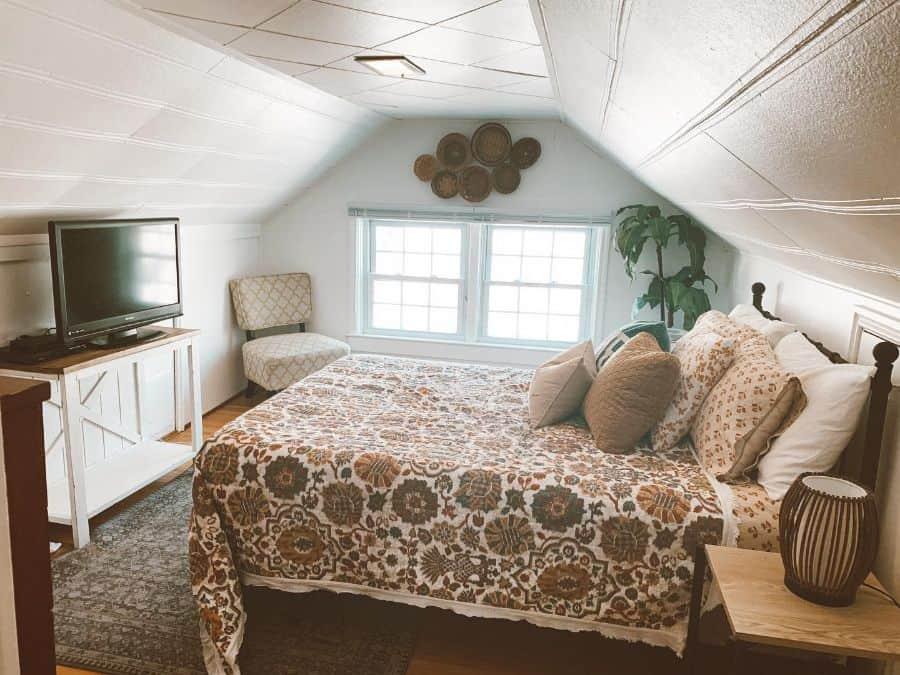 Attic Room Loft Room Guest Bedroom Ideas Emcopsey