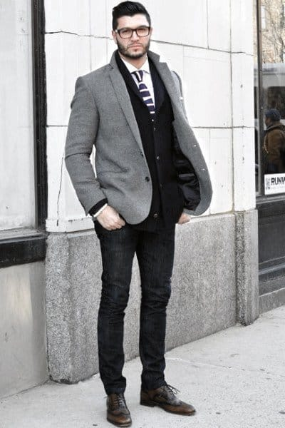 Awesome Fall Outfits Styles For Men Dark Jeans With Grey Coat Blazer