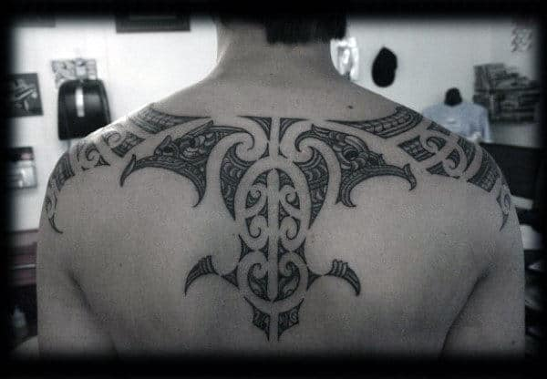Awesome Guys Tribal Tattoos For Back