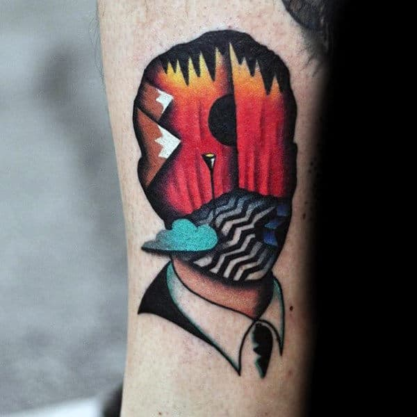 Awesome Guys Twin Peaks Tricep Tattoos