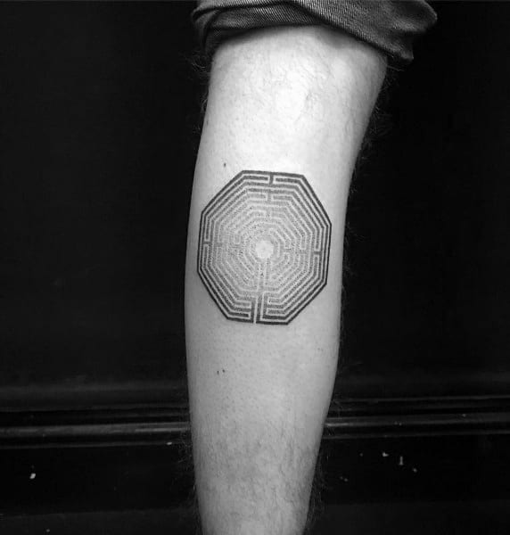 60 Labyrinth Tattoo Designs For Men – Maze Ink Ideas