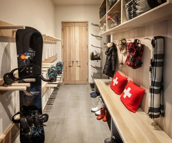 Awesome Mudroom Ideas For Lodge House