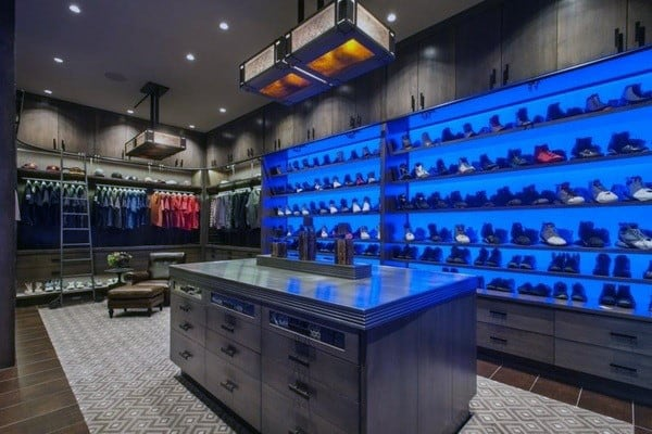 Bachelor Pad Closet Design For Guys
